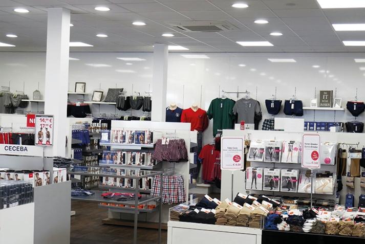 omoa LED Downlight Universal im CECEBA Bodywear Shop