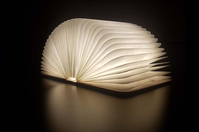 omoa LED Light Book